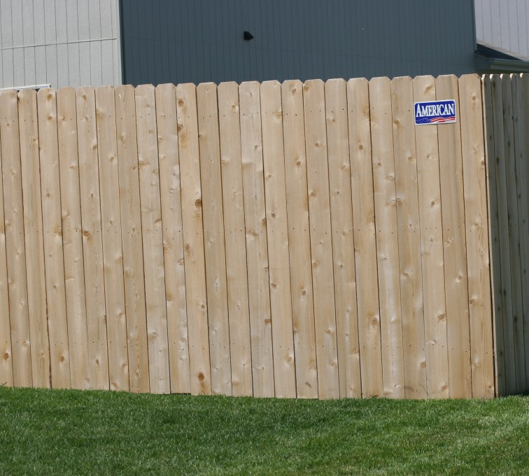 Rochester Minnesota Fence Company - Wood Fencing, 1023 6' solid privacy