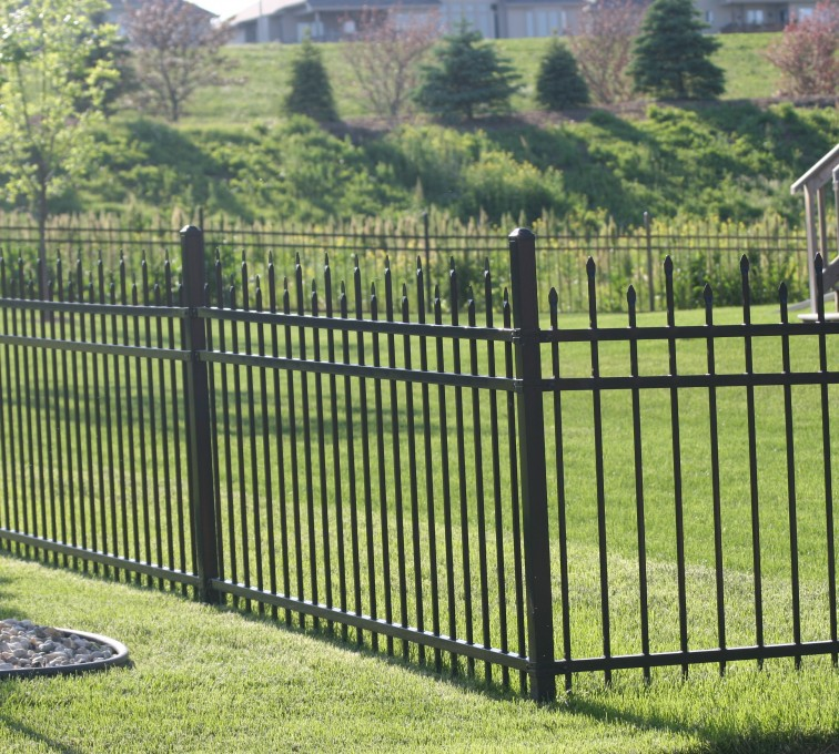 AFC Rochester - Ornamental Fencing, 1056 4' Warrior 3 rail black