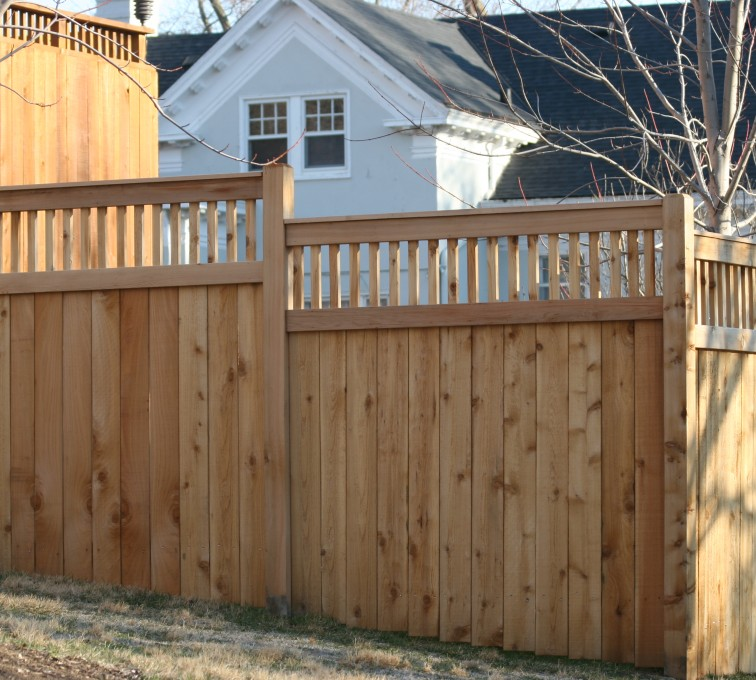 AFC Rochester - Wood Fencing, 1056 Custom Solid with Accent Top