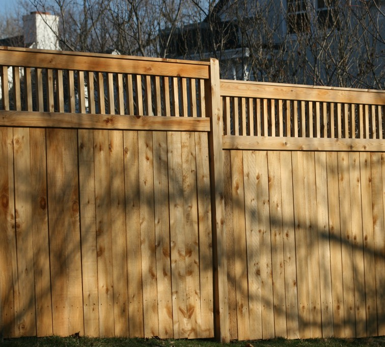 AFC Rochester - Wood Fencing, 1058 Custom Solid with Accent Top