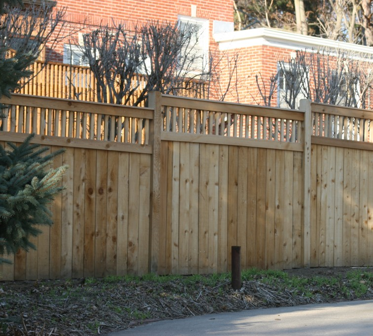 AFC Rochester - Wood Fencing, 1062 Custom Solid with Accent Top