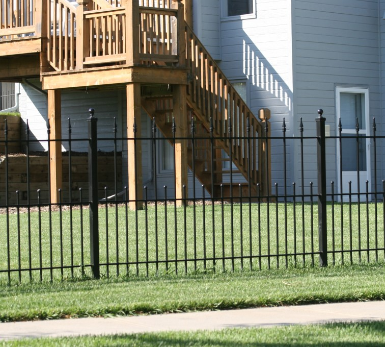 AFC Rochester - Custom Iron Gate Fencing,1200 4' alternating pickets with balss and quadflares