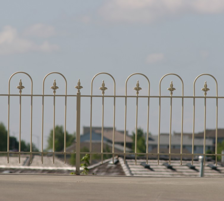AFC Rochester - Custom Iron Gate Fencing,1201 4' picket with hoops
