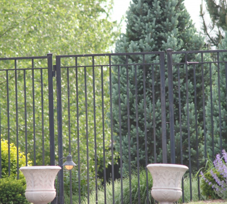 AFC Rochester - Custom Iron Gate Fencing, 1223 Straight picket gate