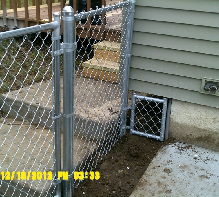 AFC Rochester - Chain Link Fencing, 4' Galvanized Chain Link With Custom Panel - AFC - IA