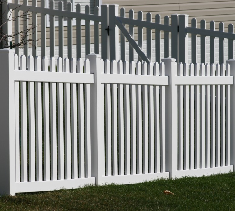 AFC Rochester - Vinyl Fencing, 559 Vinyl 4' picket