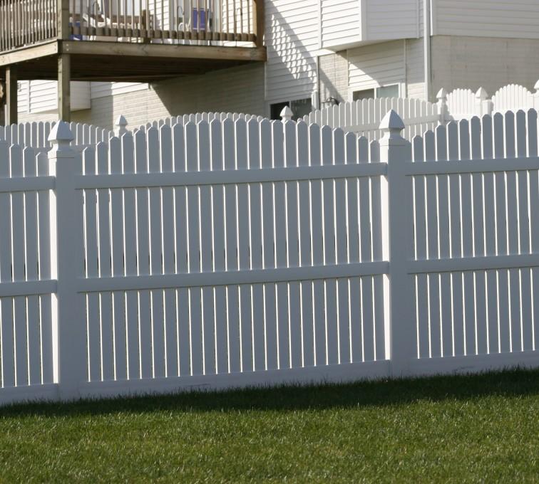 AFC Rochester - Vinyl Fencing, 561 Vinyl 6' overscallop picket