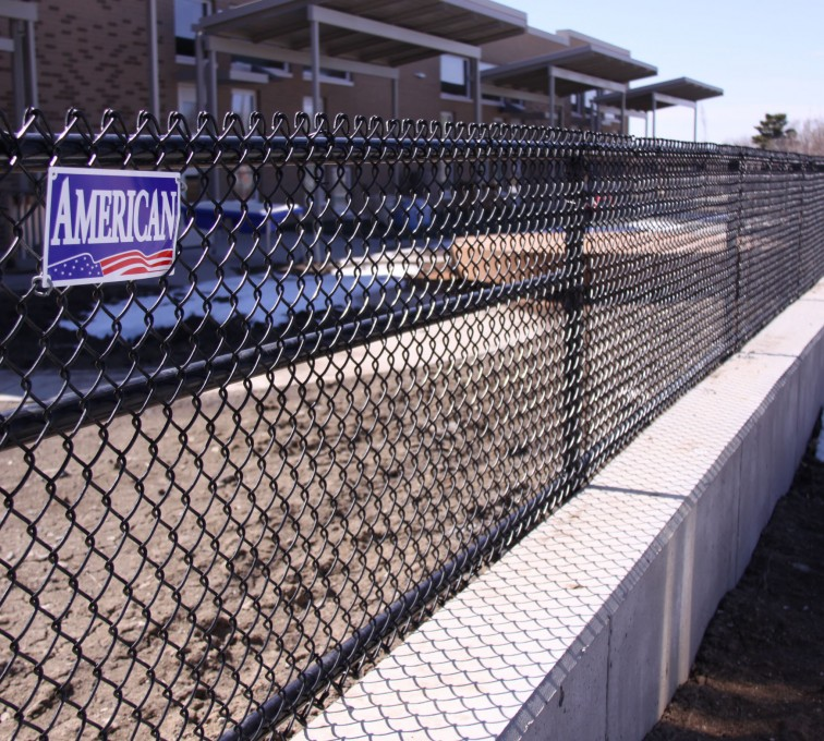 AFC Rochester - Chain Link Fencing, Black Vinyl Chain Link 4' Tall