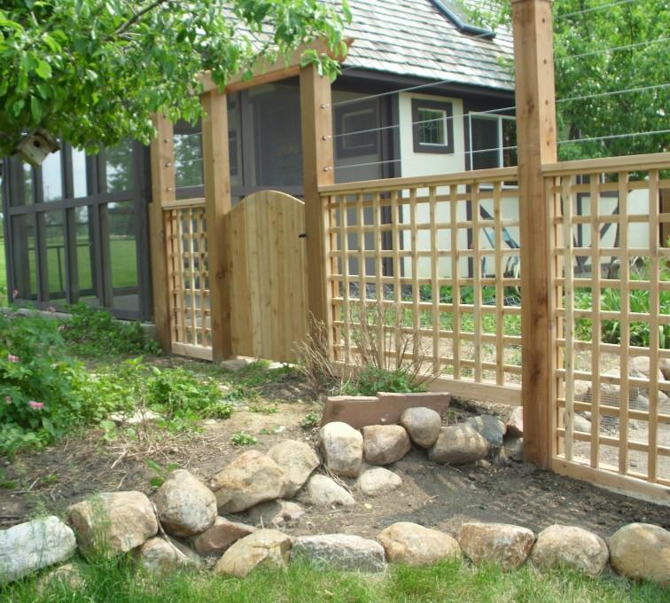 AFC Rochester - Wood Fencing, Custom Garden Fence AFC, SD