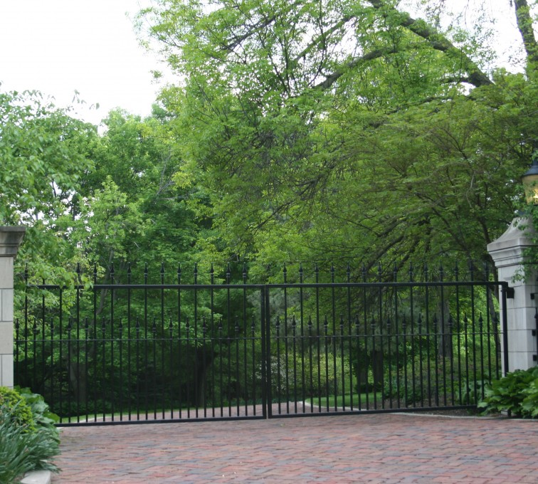 AFC Rochester - Custom Gates, Estate Straight Double Drive Gate
