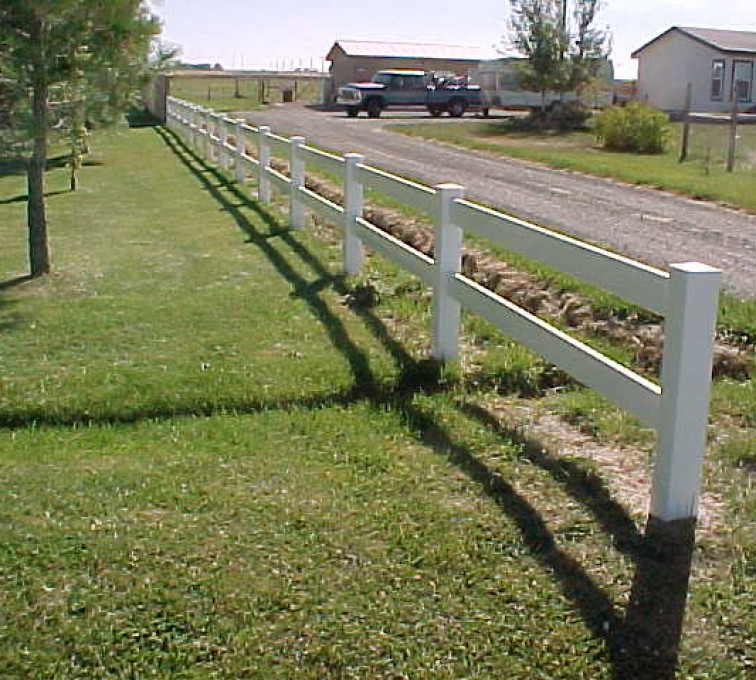 AFC Rochester - Vinyl Fencing, MVC-018S