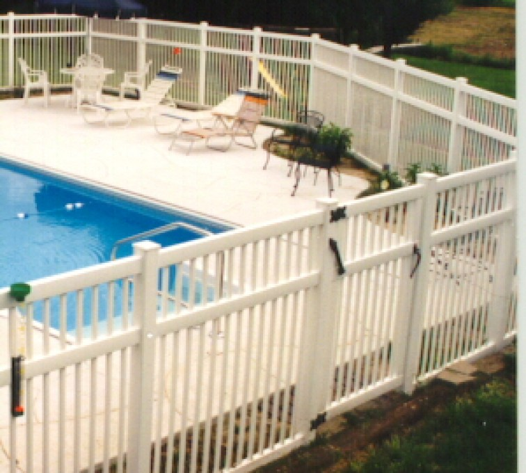 AFC Rochester - Vinyl Fencing, Pool Style Picket with 3 rails 583