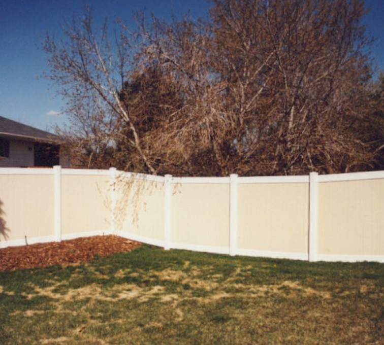 AFC Rochester - Vinyl Fencing, Privacy Tan and White (616)