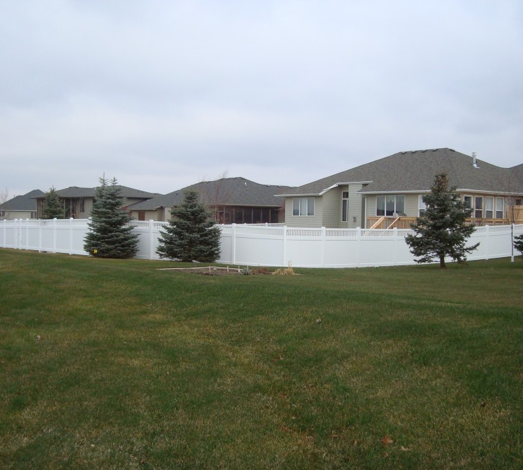 AFC Rochester - Vinyl Fencing, Privacy With Picket Accent 2