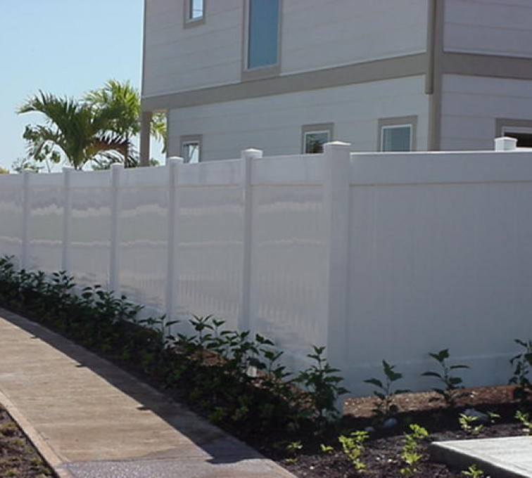 AFC Rochester - Vinyl Fencing, Solid Privacy (610)