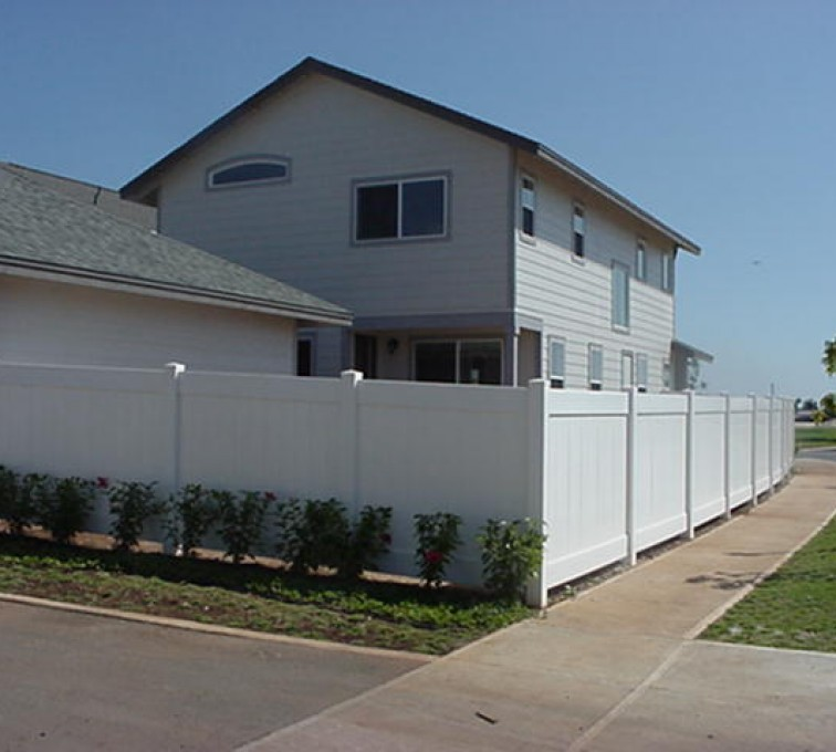 AFC Rochester - Vinyl Fencing, Solid Privacy (611)