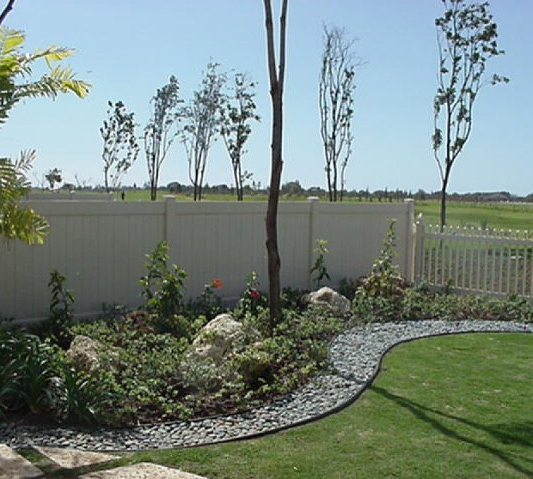 AFC Rochester - Vinyl Fencing, Solid Privacy and Picket (607)