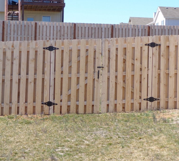 Rochester Fence Company - Wood Fencing, 6' Board on Board - AFC-KC