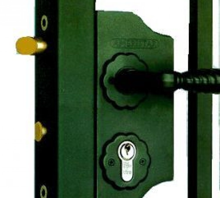 Rochester Minnesota Fence Company - Accessories, Amerilock-Ornamental Fence Gate Lock