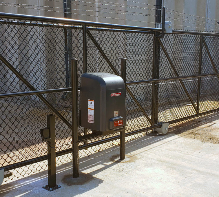 Sliding cantilever gate with liftmaster gate operator